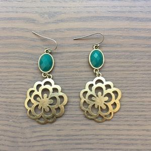 Country Chic 💐 Gold Floral Drop Earrings